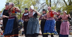 Tulip Time dancers