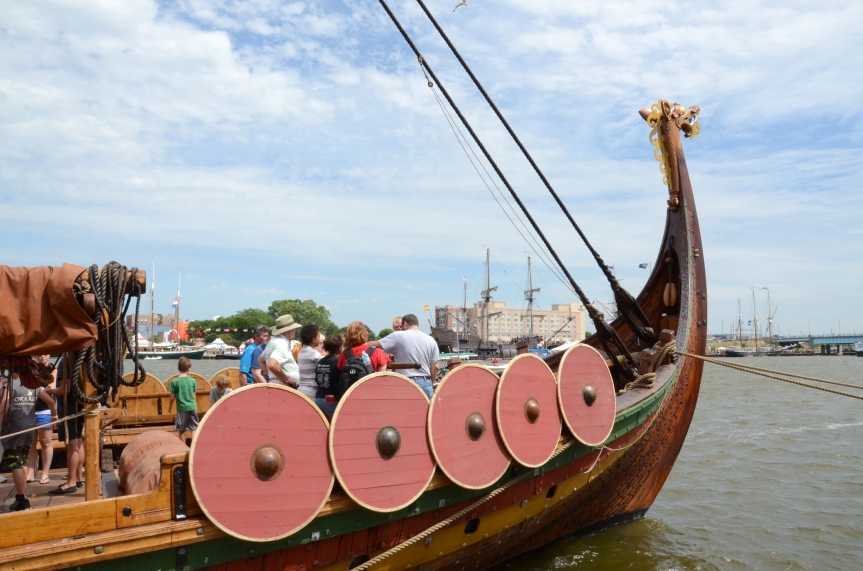 Shooting stock photos – Tall Ship Celebration, Bay City, MI