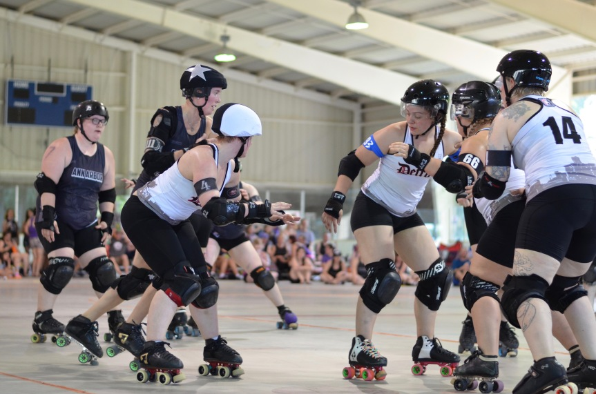 Shooting stock photos – Roller Derby again!